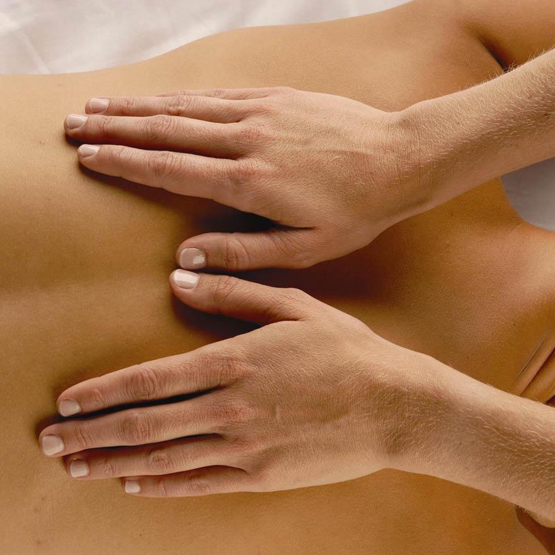Sandti traditional massage